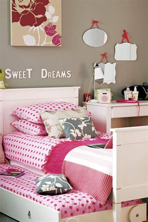bedroom stories clothing teen age girls bed room design ideas
