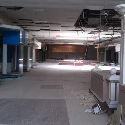 Free Detox Centers In Akron Ohio by 24 Photos Of Akron S Abandoned Rolling Acres Mall