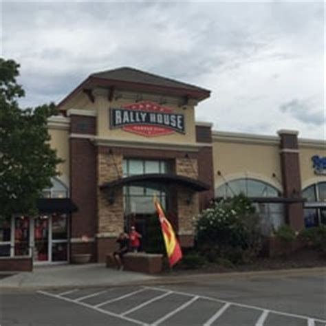 rally house kansas city rally house boardwalk 17 foton idrottskl 228 der 8650 n boardwalk ave kansas city
