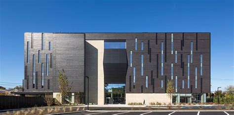 arch lab architects biotrial north american headquarters francis cauffman