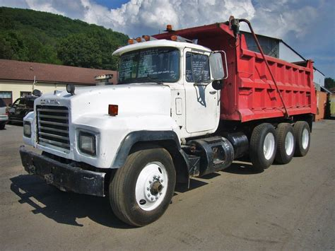 used mack trucks used 1998 mack rd690s dump truck for sale 327654