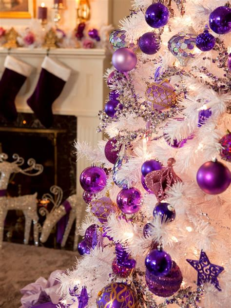 retro inspired purple and white christmas decorations diy