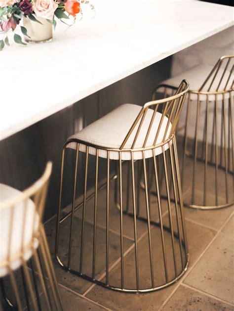 Gold Wire Bar Stools by 25 Melhores Ideias De Cadeiras De Vime No