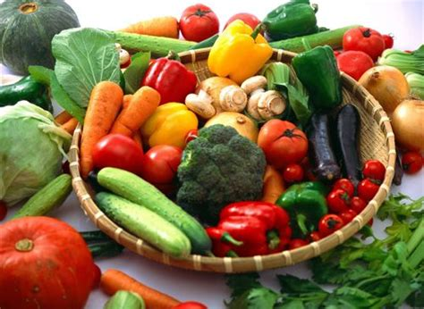 vegetables with iron iron rich vegetables chemical elements