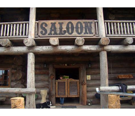 Scott Mcgillivray the saloon photos hgtv canada