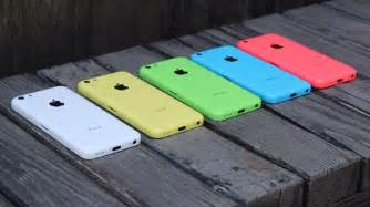 colors of iphone 5c iphone 5c on shows iphone 5c in all five