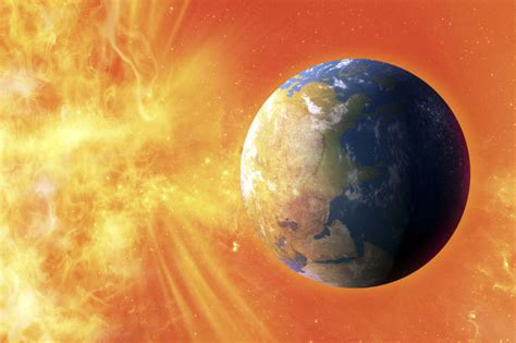 Solar storm TODAY: Space weather alert due to 'hole in the ... Warning Systems