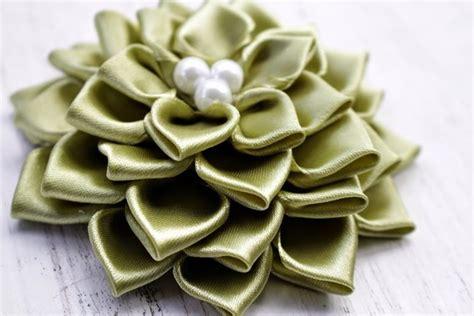 come fare un ladario fai da te come fare un fiore di raso bricolage realizzare fiore