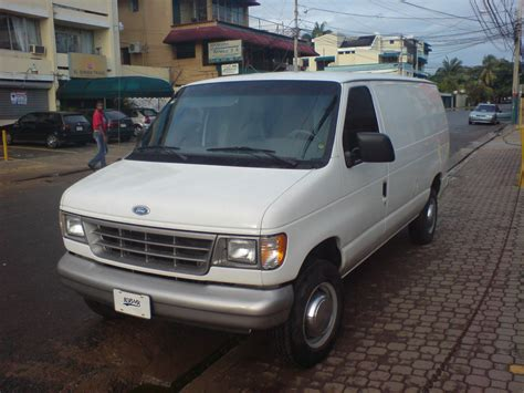 how to learn about cars 1994 ford econoline e250 security system amaurygrea 1994 ford econoline e150 passenger s photo gallery at cardomain