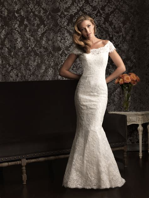 gorgeous  wedding dress  allure bridal gowns lace