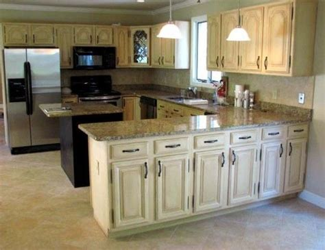 how to distress white kitchen cabinets best 25 distressed kitchen cabinets ideas on pinterest