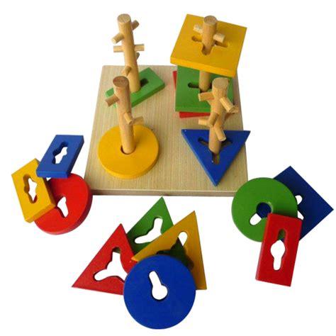 Mainan Edukasi Menara Kunci 1 Mainan Kayu Menara Kunci 4 Tiang Mainan Eduka Pusat