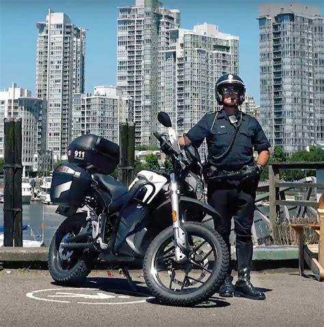 lil pump vancouver zero motorcycle 233 quipe la police de vancouver