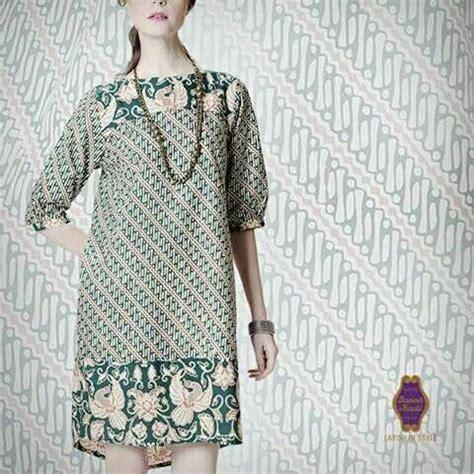 Danar Hadi Casual Batik 1000 ide tentang modern batik dress di kebaya