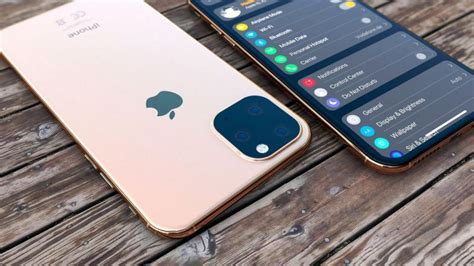 bloomberg   iphone  models coming  reverse