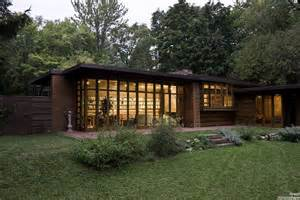 franks homes great atmosphere beautiful house frank lloyd wright