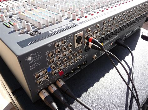 Mixer Allen Heath Gl2400 allen heath gl2400 16 image 306989 audiofanzine