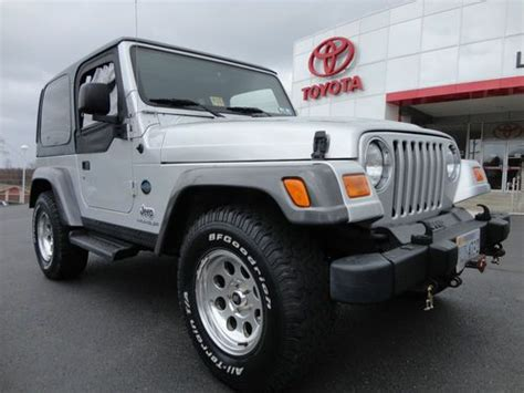 where to buy car manuals 2004 jeep wrangler transmission control find used 2004 wrangler 4 0l rocky mountain 5 speed manual 4x4 hard top 1 owner video 4wd in