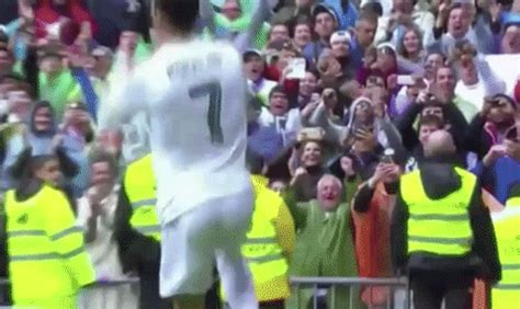 imagenes gif real madrid real madrid gifs find share on giphy