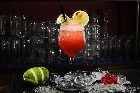 cocktail drinks alcohol hd wallpaper 983610