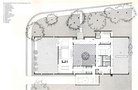 patio interior en aleman casa sert circarq