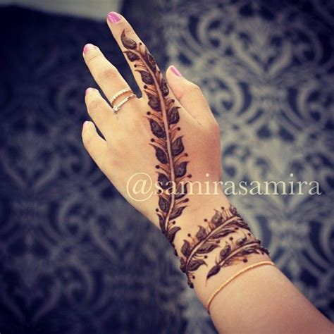 simple tattoo model collection of 25 stylish henna tattoo on hand