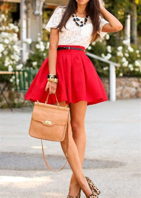 Wedges Flowy Pleated Skirt Rok Import picture of flowy mini skirt a white lace top leopard heels and a bag