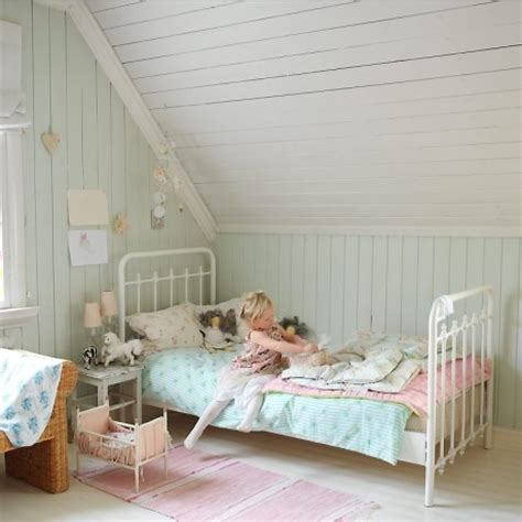 pretty girls rooms 8 pretty girls rooms with a good dash of whimsy nooshloves