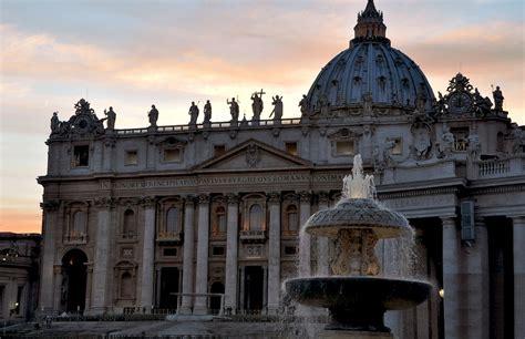 sede sinodo santa sede pubblica lo statuto della segreteria per la