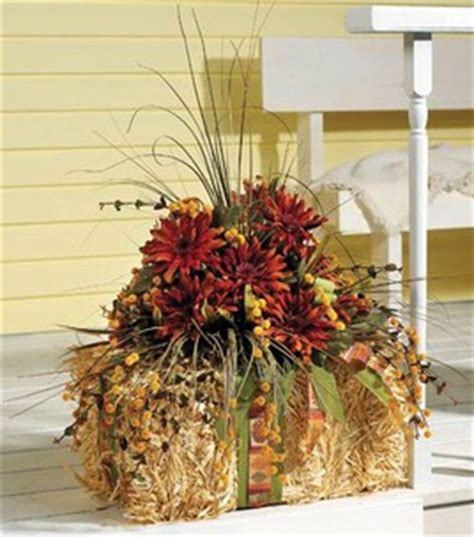 fall hay bale decorating ideas 35 fabulous fall decor ideas the cottage market