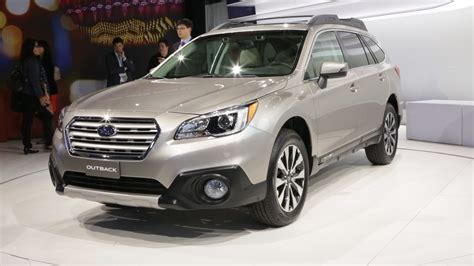 2015 subaru outback legacy preview consumer reports