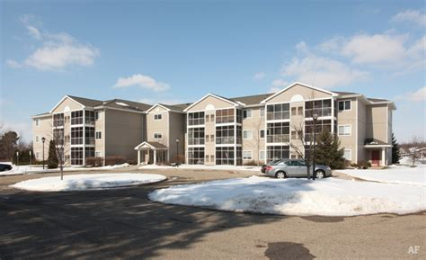 Apartments In Grand Rapids Mi With Washer And Dryer Marsh Ridge Grand Rapids Mi Apartment Finder