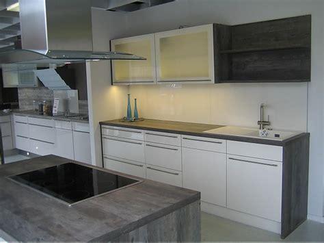 weißes induktionskochfeld wohnzimmer beige schwarz