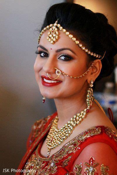 stunning traditional south asian hindu bride  makeup