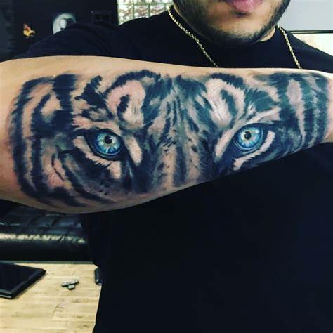 award winning tattoos best tiger arm sleeve forearm amazing