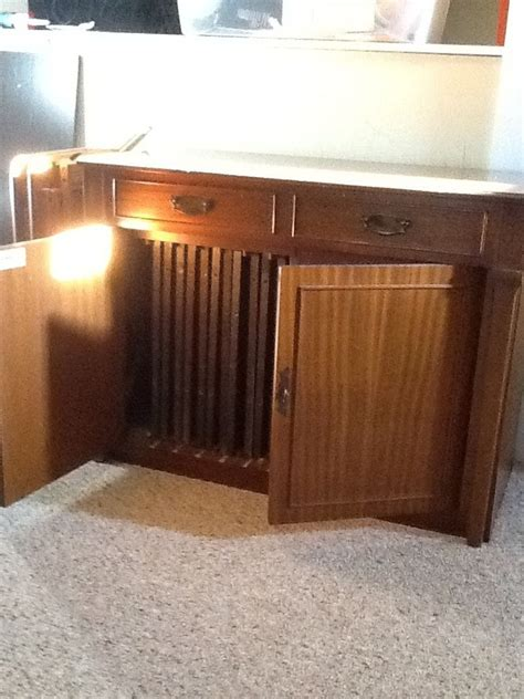 I Have A Saginaw Expandable Buffet Not Sure Of Age But Expandable Buffet Table