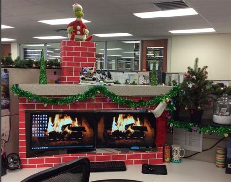 christmas desk decoration ideas 9 cubicle dwellers with serious christmas spirit mnn
