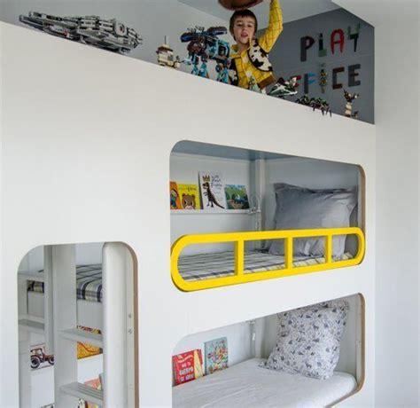 letto a a tre cameretta a tre letti spazio per tutti ninakina