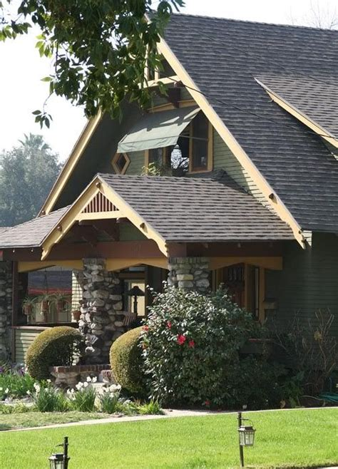 dream home on pinterest craftsman bungalows bungalows 260 best craftsman style and bungalow houses images on