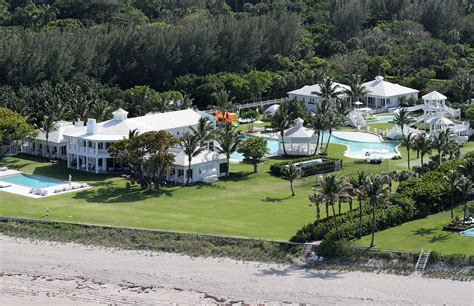 celine dion jupiter island general views of celine dion s home in florida moejackson