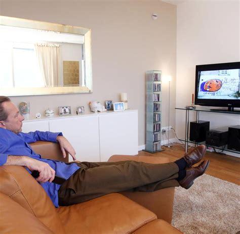 Fernseher Im Raum by Fernseher Freistehend Im Raum Raum Mit Und