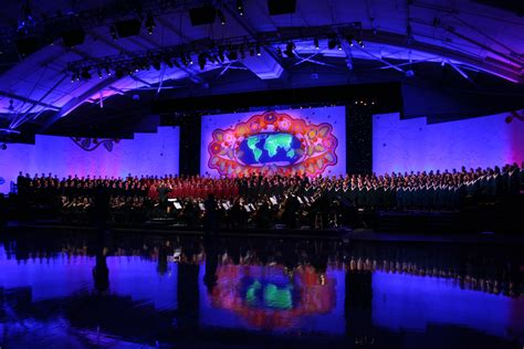Hollywood Wall Mural file 2008 concordia christmas concert jpg wikimedia commons