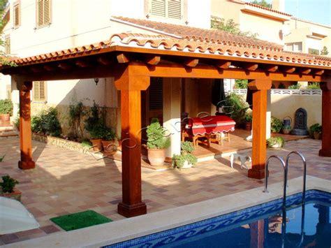 casas con porche y jardin porche de madera para jard 237 n existe muchas posibilidades