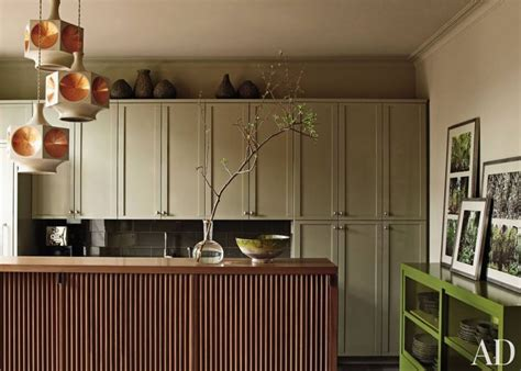 gray kitchen cabinet colors contemporary kitchen benjamin moore baltic gray martha o the cabinets are painted in benjamin moore s gettysburg