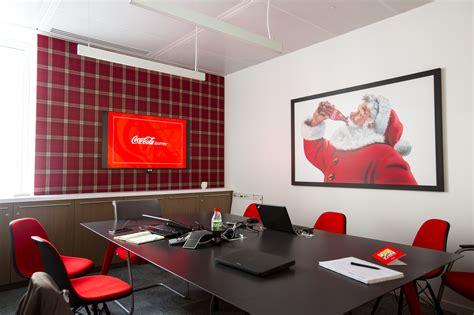 Office Desk Images 13 000 bouteilles contour fubiz media
