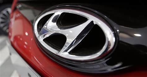 hyundai unveils  palisade suv  la auto show