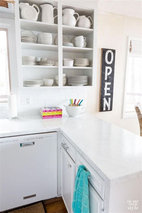 how to paint formica kitchen cabinets painting kitchen countertops to look like carrara marble