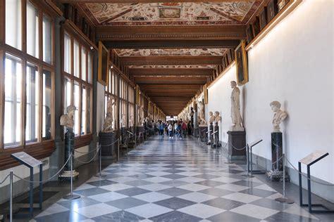 galleria degli uffici file firenze galleria degli uffizi corridoio livello