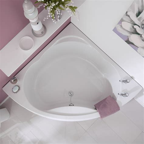 Choosing A Bathtub by How To Choose A Corner Bath Bigbathroomshop