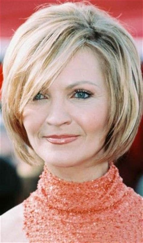 hairstyles for 44 year old woman 1000 ideas about round face bob on pinterest bobs for